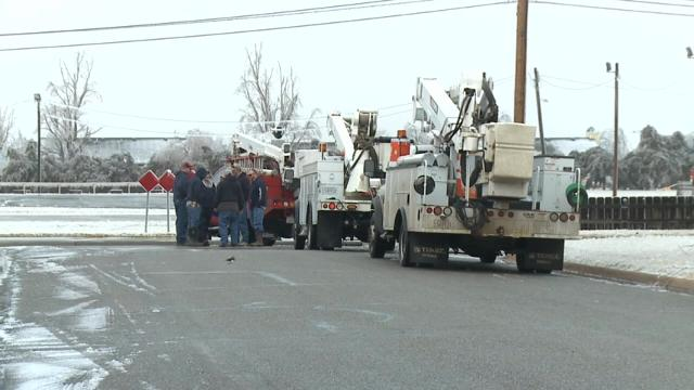 Several thousand people are without power in western Kansas after an ice storm coated the region during the weekend. Many local schools are closed and emergency crews are encouraging residents without power to get shelter. (Jan. 17)