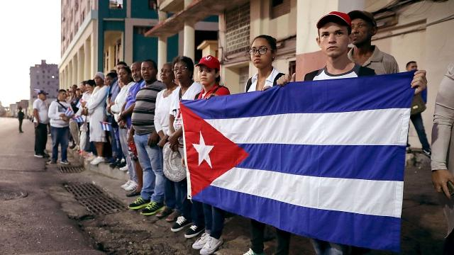 Obama ends 'wet foot, dry foot' policy for Cubans