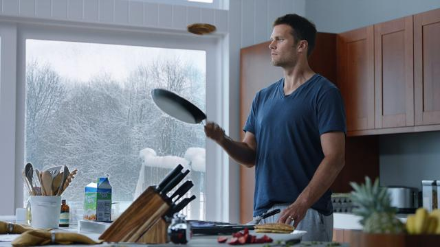 With its new 360-degree replay technology, Intel spices up Tom Brady's morning routine.