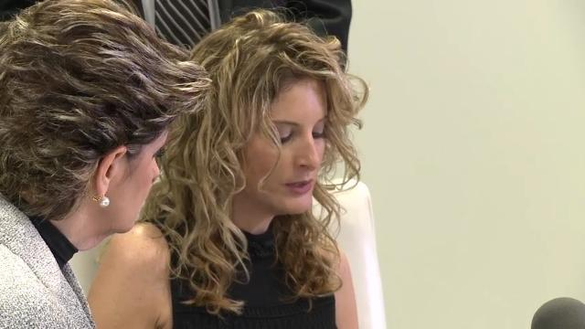 Ex-'Apprentice' Contestant Sues Trump