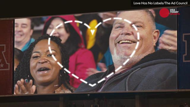 The Pro Bowl's Kiss Cam became a powerful PSA