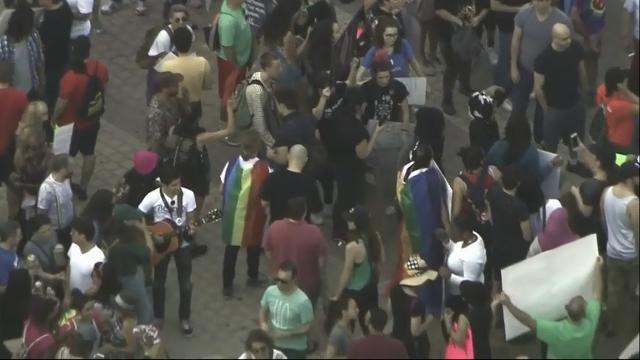 Raw: Trump's Travel Ban Protested in Miami