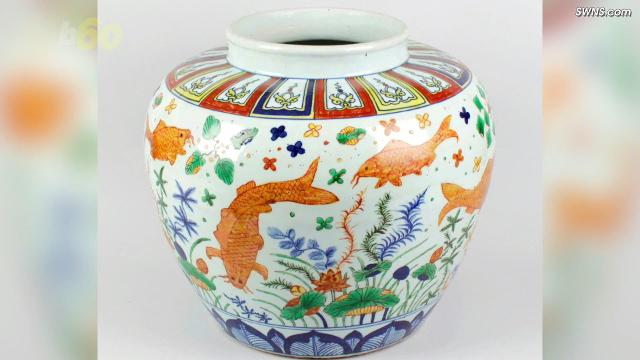 The vase sold for over a million dollars. Buzz60's Emily Drooby (@emilydrooby) has the story.