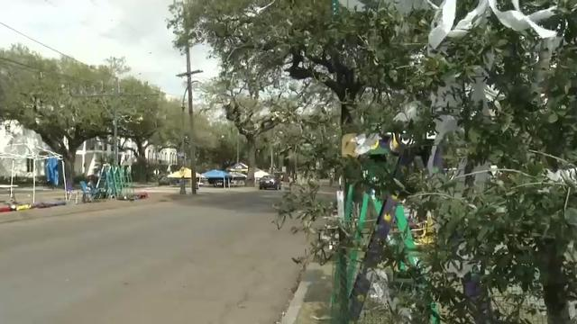 Trees along New Orleans' boulevards were already decorated Monday, and workers made the finishing touches on floats ahead of Tuesday's Mardi Gras celebrations. (Feb. 27)