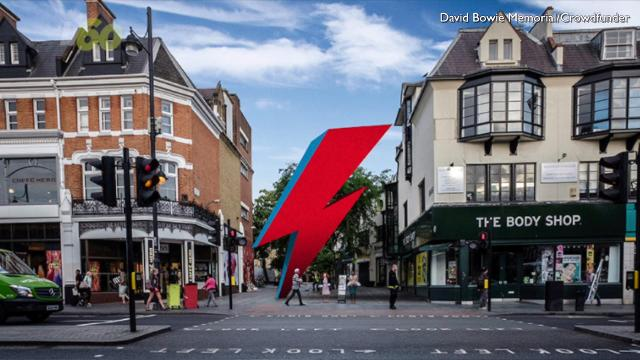 Fans of David Bowie are trying to raise a million dollars to erect a 3-story-tall lightning bolt as a memorial to their favorite musician. Keri Lumm (@thekerilumm) reports.