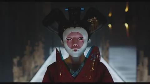 Based on the Japanese manga series, 'Ghost in the Shell' follows a cyborg policewoman as she seeks to take down a computer hacker.