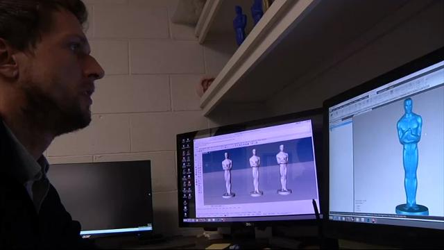 Casting Oscar: Statuette Treated as Work of Art
