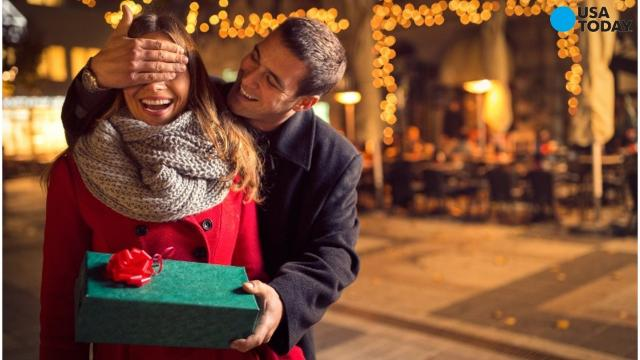 Valentine's Day is a day for love...and for spending. Here's how much people typically shell out for the romantic holiday.