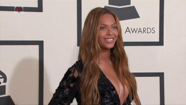 Beyonce, who is pregnant with twins, won't perform at Coachella this year.