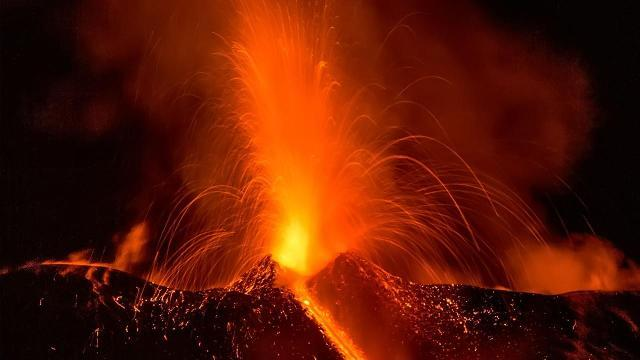 This volcanic eruption is stunning