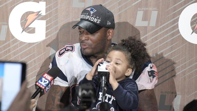 Martellus Bennett says he won't go to White House with Patriots