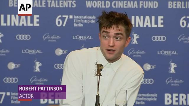 Robert Pattinson's Valentine's Day