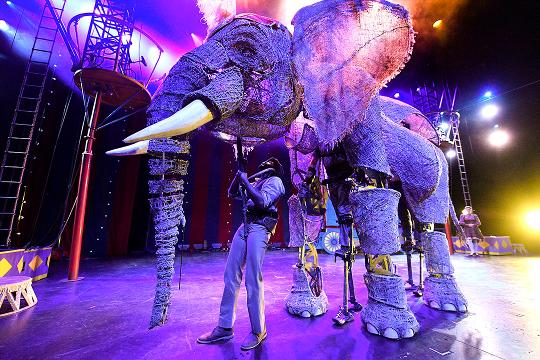 USA TODAY's Carly Mallenbaum gets a close-up look at the full-size elephants brought to life by puppeteers in the stage show 'Circus 1903.'