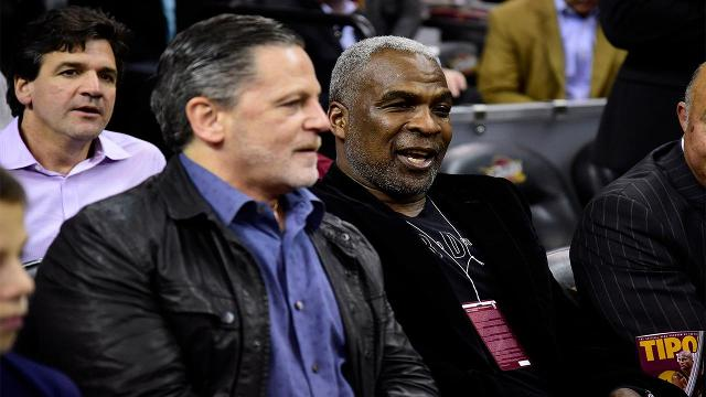 Charles Oakley attended the Knicks game versus Cleveland as a guest of Cavaliers owner Dan Gilbert on Thursday night.