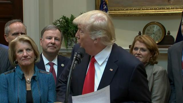 Trump Rolls Back Regulations on Coal