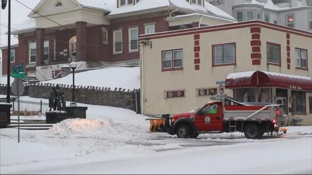 Sloppy weather mix pummels Philly, eastern Pa.