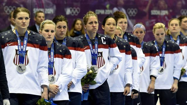 U.S. women's hockey team to sit out Worlds over wage dispute