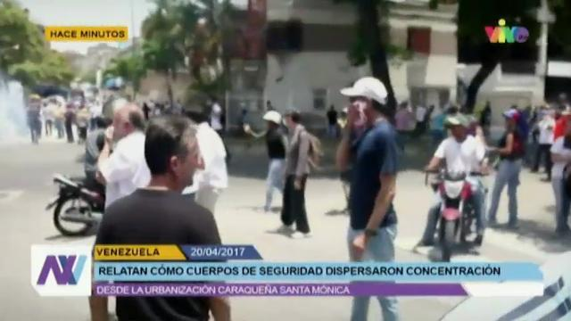 Raw: Caracas Protests Bring Out Security Forces