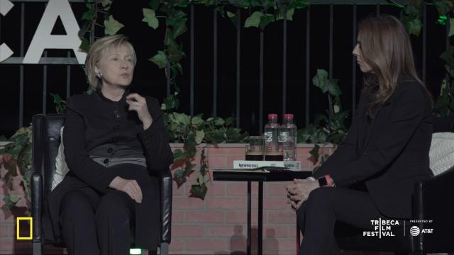 Clinton surprise guest at Tribeca