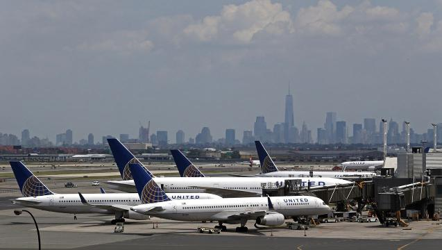 Despite recent controversies, more people will fly this summer