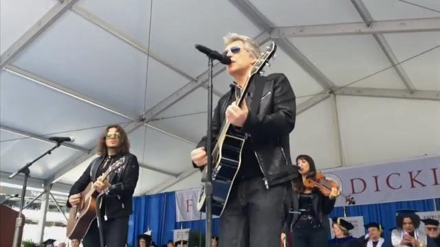 Bon Jovi surprises grads with commencement show