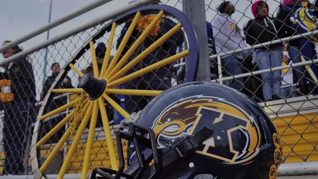 Kent State football player dies after workout