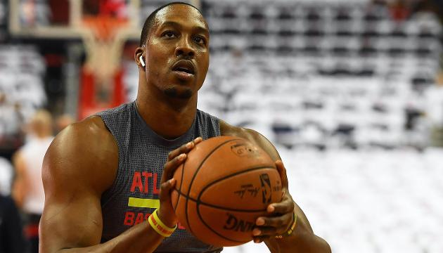 Twitter roasts Dwight Howard after trade to Hornets