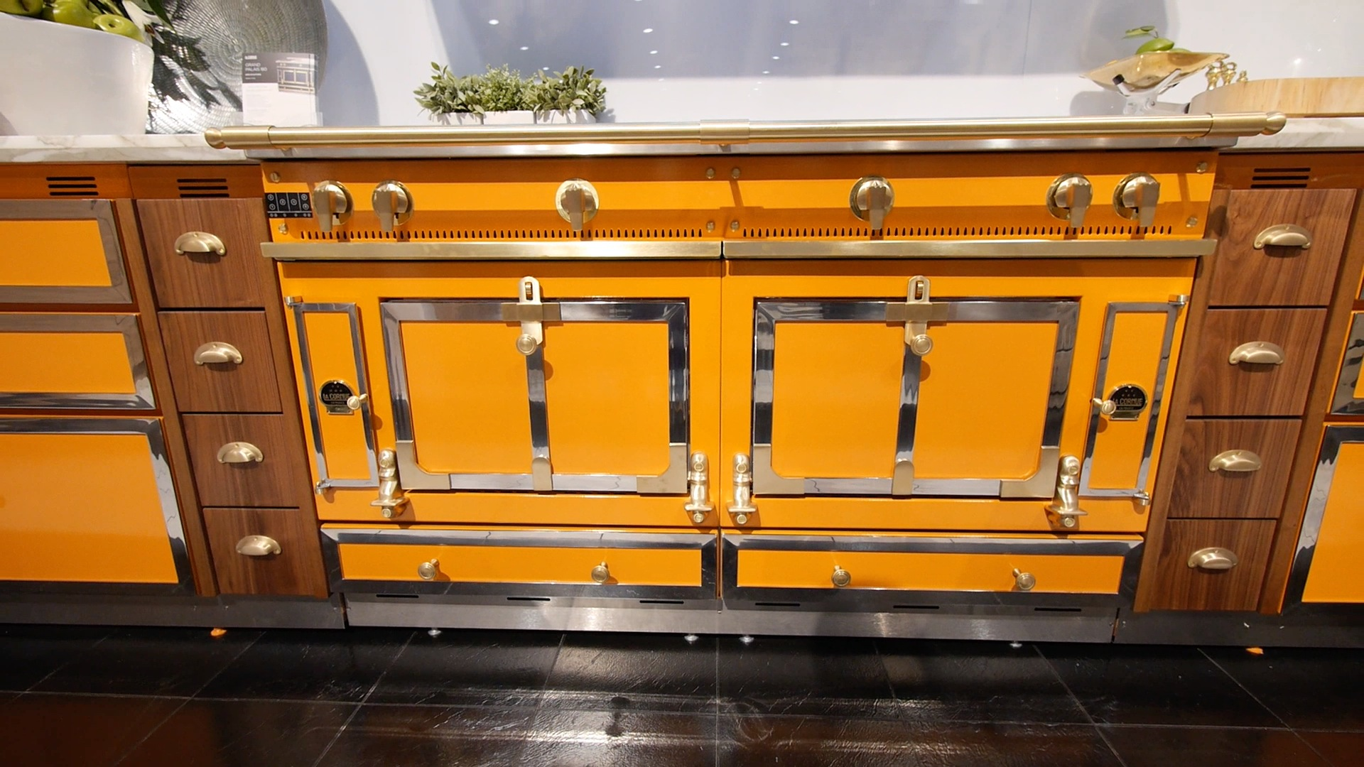 Video La Cornue S Ovens Cost More Than Your Car Reviewed