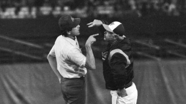 Hall of Fame manager Earl Weaver dead at 82