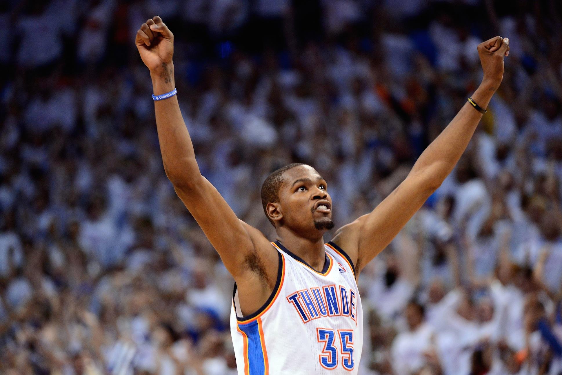 f1b477f6aba2 Kevin Durant wins 2013-14 NBA MVP