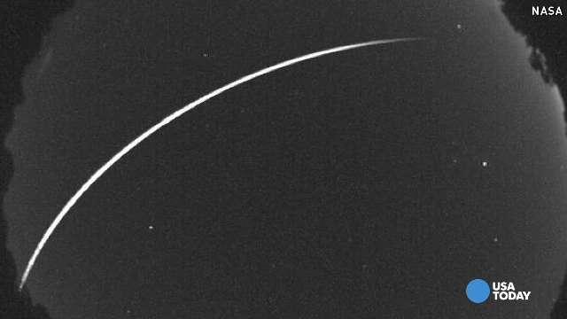Watch Earthgrazer meteor streak through night sky