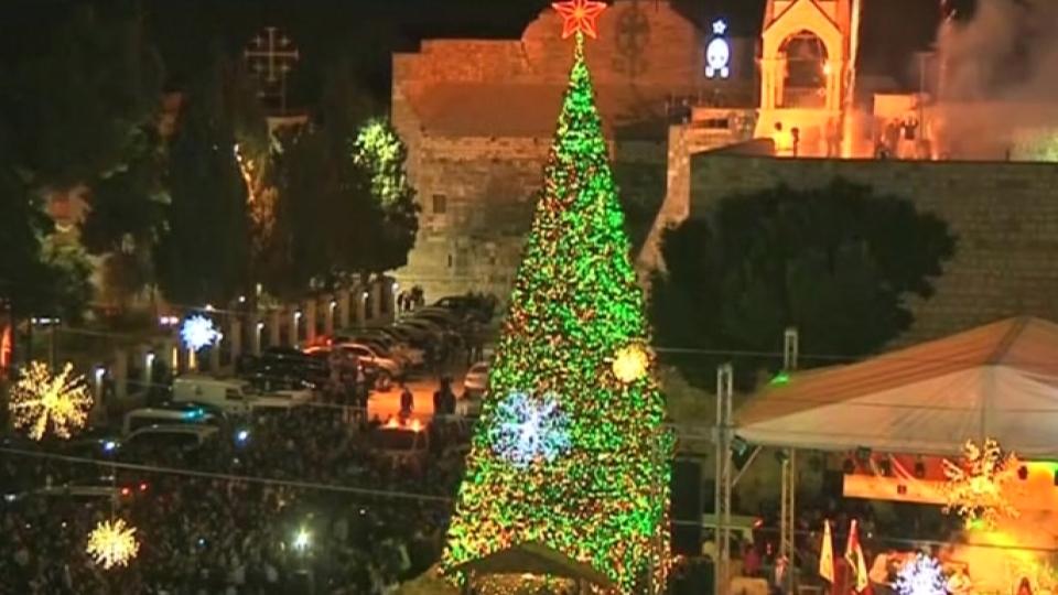- Bethlehem Marks Holiday Season With Christmas Tree Lighting, Fireworks