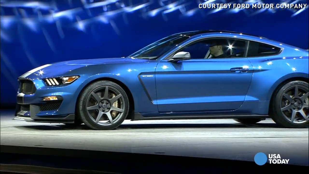 Ford Shelby Gt350r Goes Street Legal