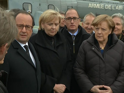 Raw: Leaders visit site of deadly plane crash