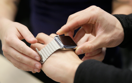 Customers react to the Apple Watch in NYC
