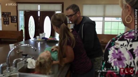Josie Duggar suffers a scary seizure