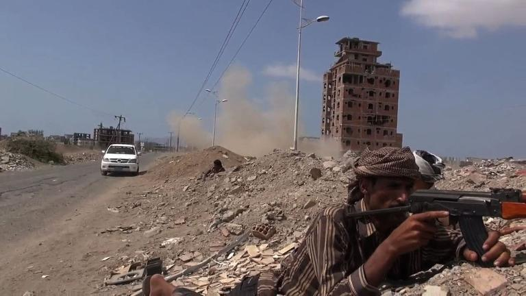 Fighting rages on in Yemen's southern city of Aden