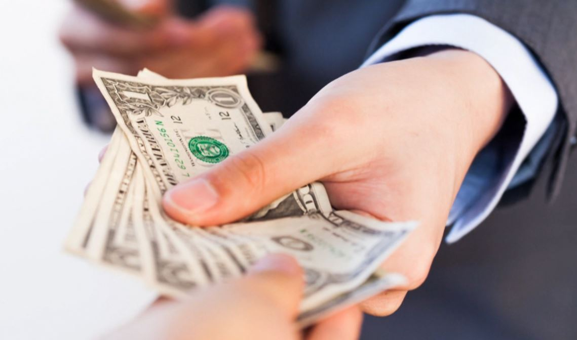 Become a tipping expert by learning exactly who you should tip and by how much.