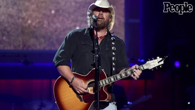 Toby Keith won't apologize for performing at inauguration