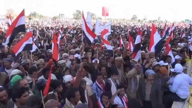 Tens of thousands of Yemeni citizens converged on al-Sabin Square in the capital, Sanaa, on Sunday to protest against the second anniversary of the Saudi-led coalition's aerial campaign against Houthi rebels. (March 26)
