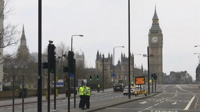London's Westminster bridge reopened on Thursday afternoon, a day after a deadly attack by a knife-wielding man who drove an SUV into pedestrians on the bridge before crashing the vehicle into the gates of Parliament. (March 23)