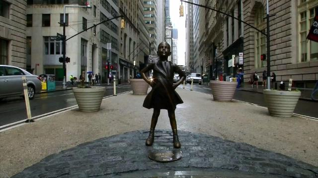 Thousands of people want the statue of the fearless girl on Wall Street in Manhattan to become a permanent fixture. Veuer's Nick Cardona has the story.