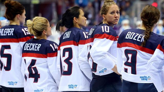 The U.S. national women's hockey team has signed a new four-year deal with USA Hockey to end its boycott of the upcoming world championships, USA Hockey announced.