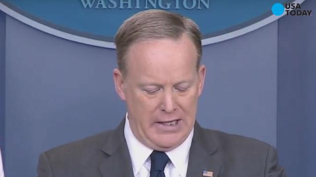 White House press secretary Sean Spicer had some leftover lunch in his teeth during a briefing...and of course, Twitter noticed.