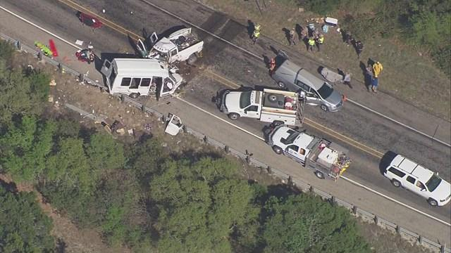 911 call describes moments before deadly bus crash