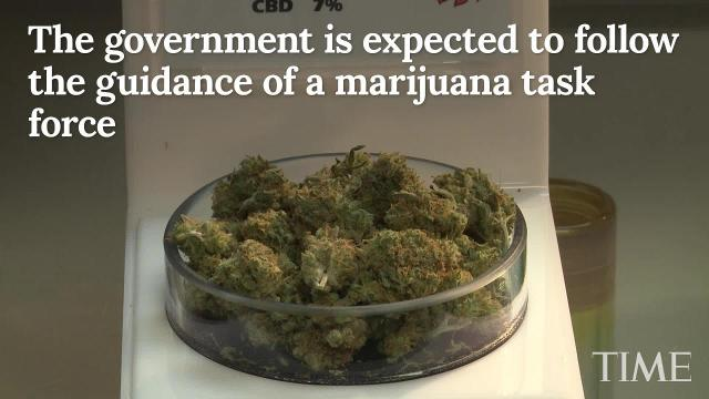 Canadians should be able to smoke marijuana legally by July 1, 2018, a senior government official said Monday.