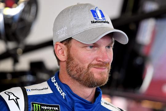 Earnhardt Jr. has decided to retire at the end of the 2017 NASCAR Cup Series and fans took to twitter to show their support.