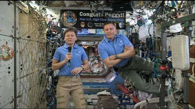Trump phones record-breaking astronaut