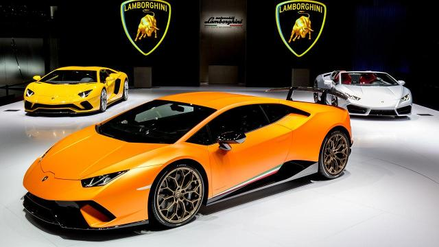 The new Huracán is lighter, faster, and corners like a champ - thanks to technology.