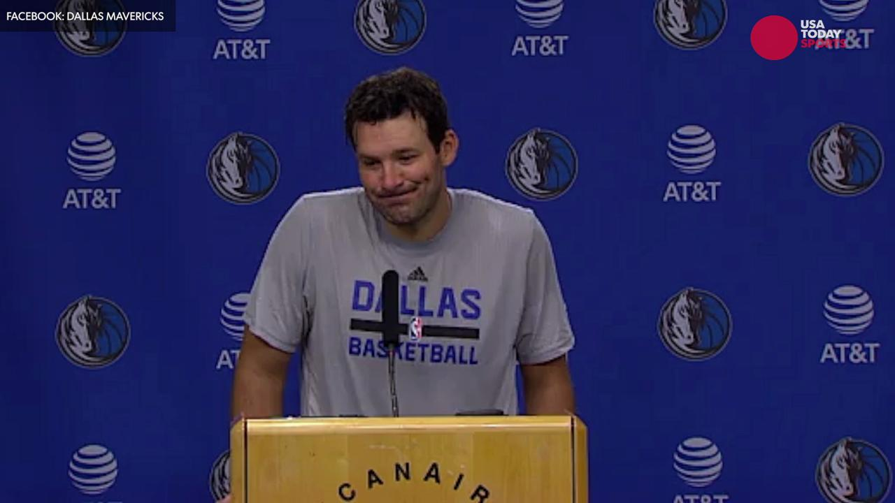 Tony Romo will suit up with the Dallas Mavericks as the team honors him for his time spent with the Cowboys.